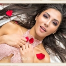 header-stealing-hearts-pictures-gianna-dior