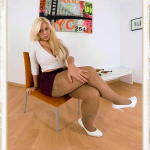 Blondie Fesser more skirt