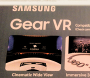 Back of Samsung Gear VR box
