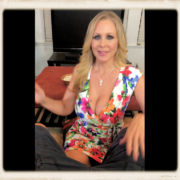 Julia Ann as MILF