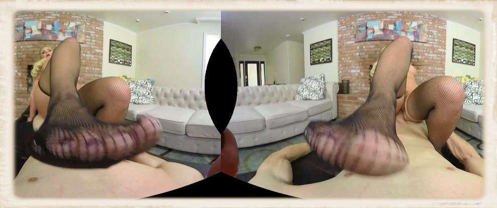 Ms. Marie's foot coming at you looks convincing in 3D