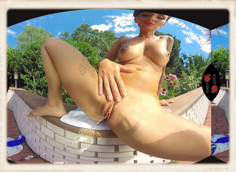 Gabrielle Gucci pees in vr feature image