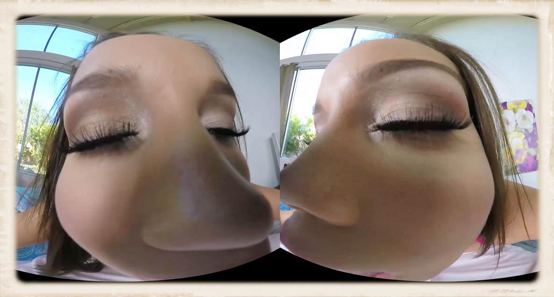 Karter Foxx VR kissing