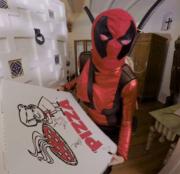 Jessa Rhodes in Lady Deadpool costume