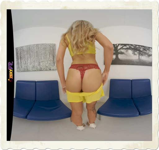 Sasha ZexyVR ass