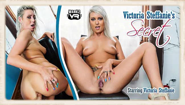 Victoria Steffanie's Secret WankzVVR