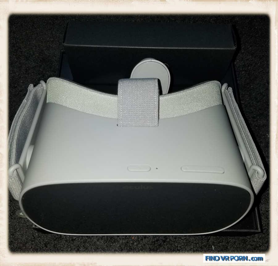 Oculus Go unboxed